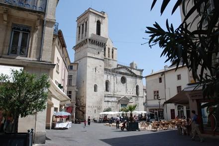 Guide Nîmes