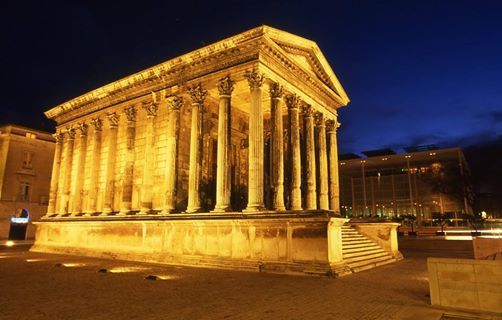 visite nimes by night