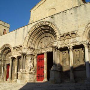Guide Saint Gilles, Visite Guidée Saint Gilles, Guide Conférencier Saint Gilles