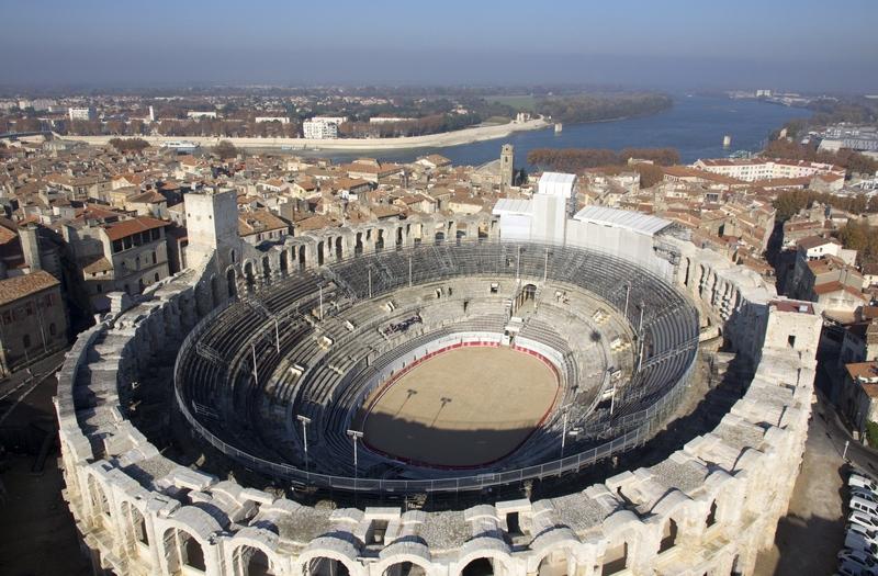 Guide Touristique Arles