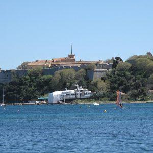 Visiter Sainte Marguerite, Visiter Cannes